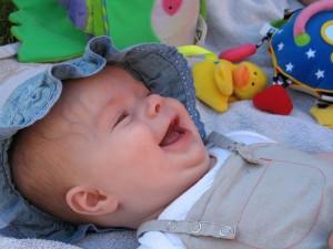 lachende baby