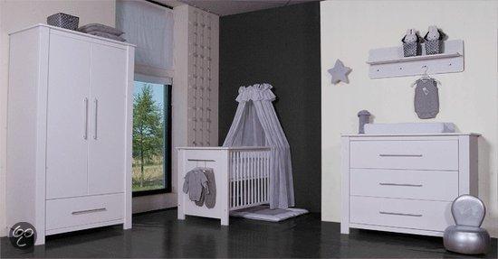 Complete Babykamer Grijs.Bebies First Nick Complete Babykamer Wit Zwanger En Ouder Shop